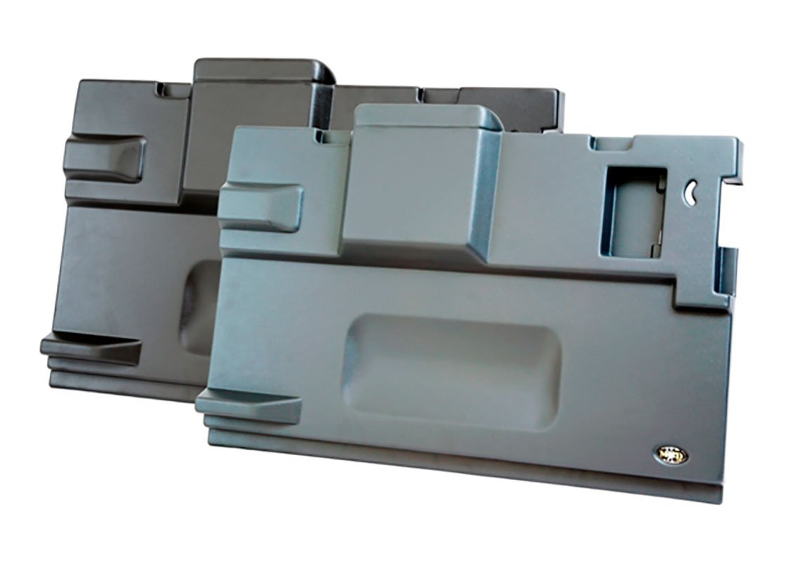 land rover defender rear door panel